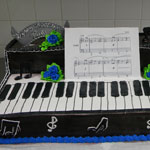 Piano Decorated Cake